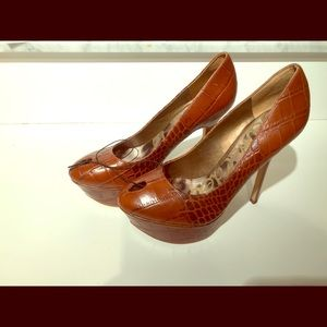NEW Sam Edelman heels 7 1/2